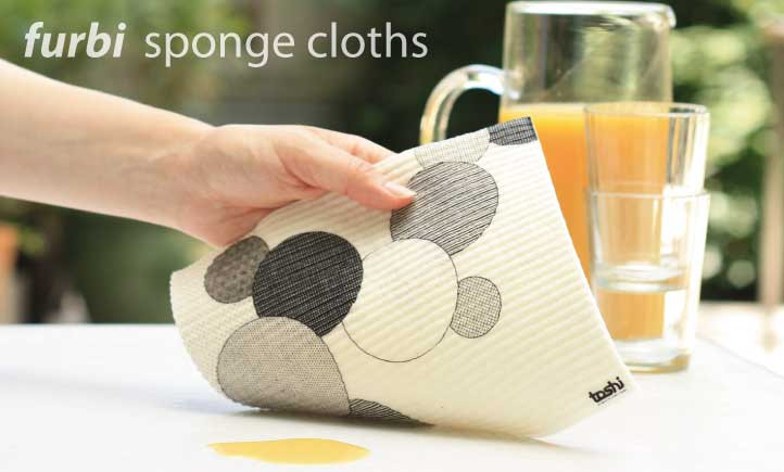 easy cleaning with furbi sponge cloths
